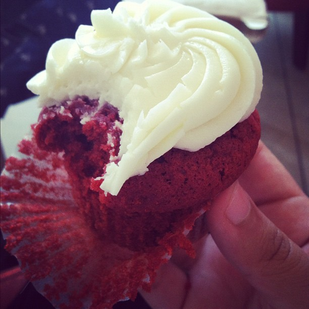 #redvelvet #cupcake #allegria (Taken with instagram)