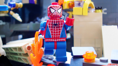 The Spectacular Spider-man on Flickr.Via Flickr: Living on the edge, fighting crime, spinning webs!