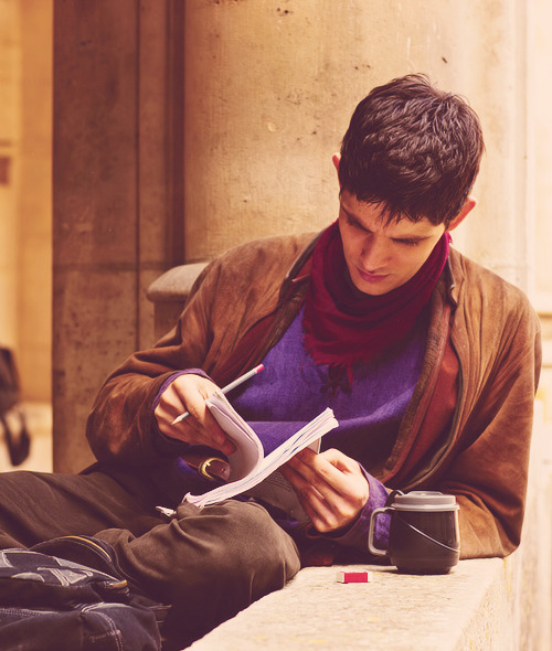2/50 pictures of Colin Morgan