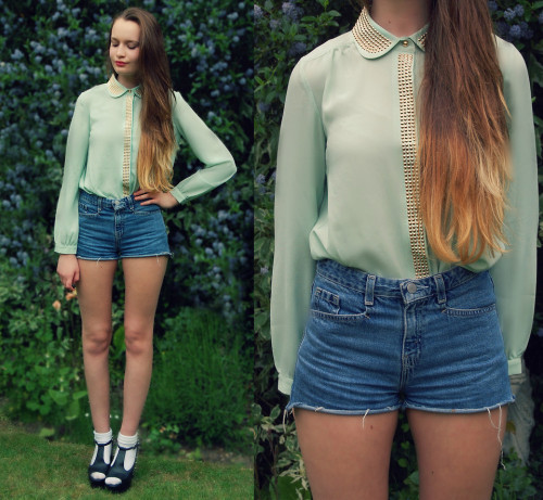 Mint and Studs (by Imogen De Souza)
