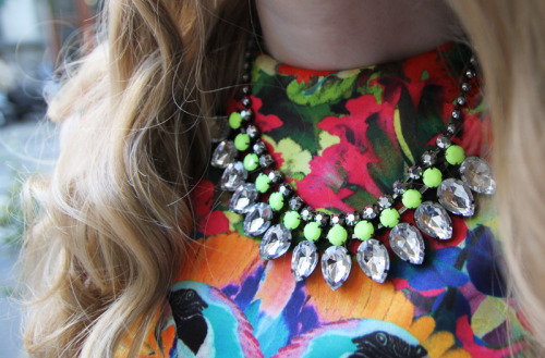 what-do-i-wear:  H&M (trend) dress. H&M necklace. (image: fashionsquad)