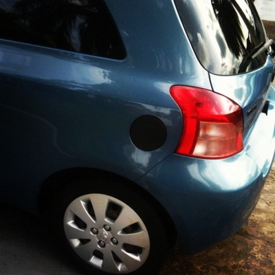 Tapa ready.. Negro matte #blackmatte #black #flatblack #yaris #toyota #car (Taken with instagram)
