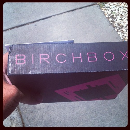 First birchbox! #glamerous #makeup #birchbox (Taken with instagram)