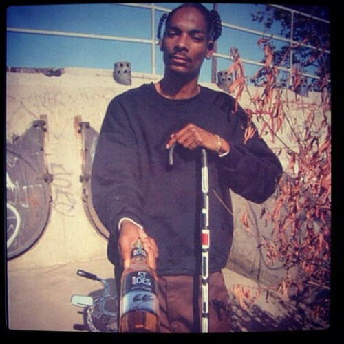 snoopdogg:  40oz. #throwbaccthursdays (Taken with instagram)
