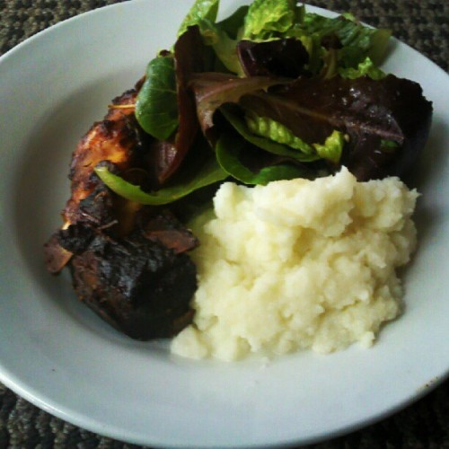 Homemade ribs with mashed cauliflower and salad (Taken with instagram)