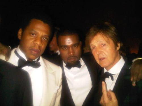 3 grandes de la musica! howtotalktogirlsatparties:  Mount Rushmore is dead. Long live Mount Rushmore.