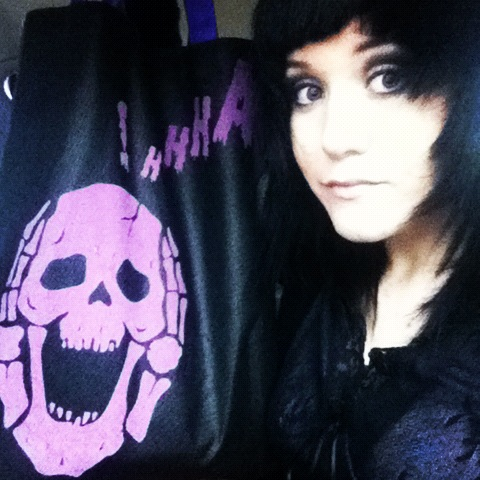 Intentionally cheesy Halloween purse/bag? Check.  I have no shame… I think it's cute. Like really cute. >_>