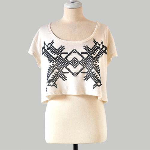 Wishlist: Hand Screen Printed Top. Really like the simple geometric design. It's also got that cropped thing going for it, which is very on trend! - PopThreads  (via Hand Screen Printed Crop Top with Geo Design by Maryink by maryink)