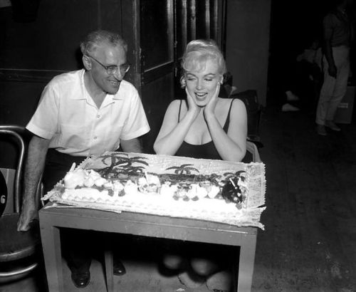 "Director George Cukor presents Marilyn Monroe with a cake on the set of ""Let's Make Love"" (1960) Happy Birthday, June 1rst, 1926 - August 5th, 1962"