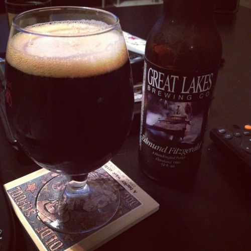 Great Lakes Brewing Co | Edmund Fitzgerald | 5.8% ABV Porter A midwestern staple as far as porters go. Strong malt taste with a chocolate finish. A very solid porter. Give it a shot. Price: $9.99/6-pack Rating: 7/10