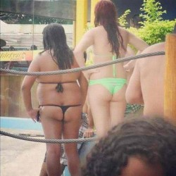 😲lmfao!!!😣 why a thong tho? 😂 (Taken with instagram)