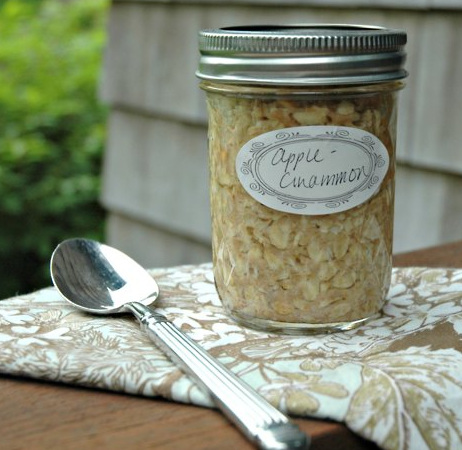 findvegan:  Mason Jar Oatmeal - ready to grab and go from your pantry