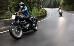 wayne75410:  Triumphs on the road