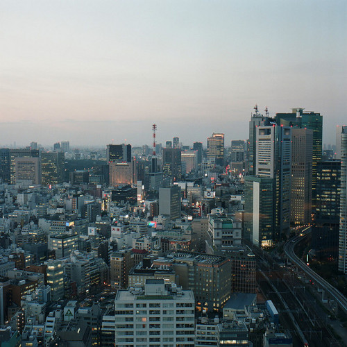 ileftmyheartintokyo:  Hamamatsucho View by gok_h on Flickr.