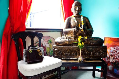 buddhabe:  holding steady in the material world