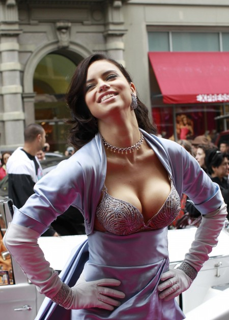 peytonfox1:  Adriana Lima   Related articles Adriana Lima Pregnant with Second Child (justjared.com) Adriana Lima Expecting Second Child! (gossipcop.com)