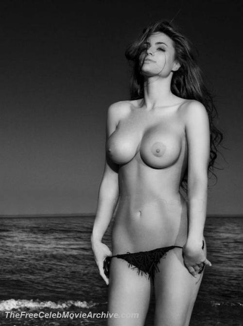 Cristina Del Basso shows gigantic tits on a beachfree nude picturesLink to photo & video: bit.ly/JljFjx