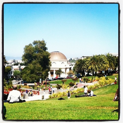 Chillin in Dolores Park with one of the besties. #sanfrancisco, #bayarea, #dolorespark, #mission, #sunshine, #instagrammer, #instahub. #gooddays, #bestfriends, #dp, #missiondolorespark (Taken with Instagram at Mission Dolores Park)