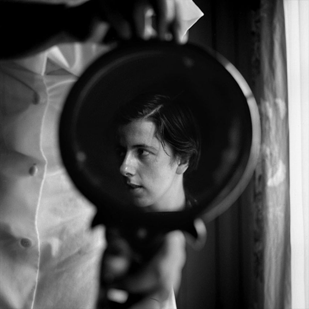 Vivian Maier, Self-portrait, 1955 (resized)