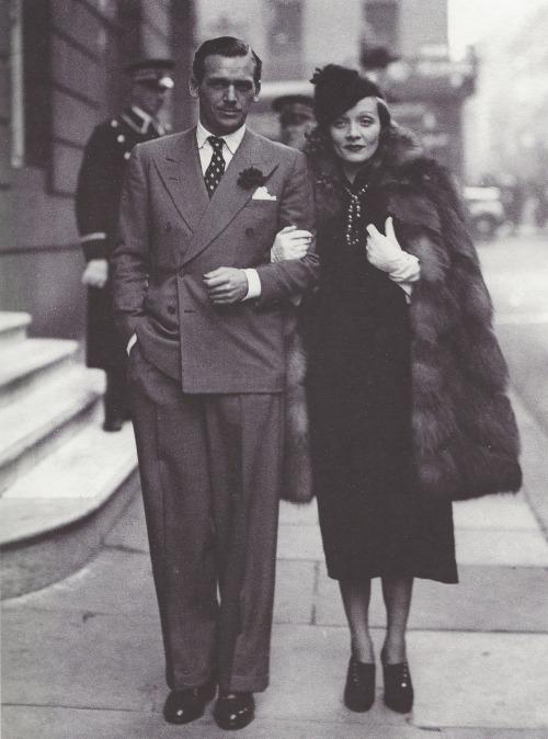 Douglas Fairbanks Jr. et Marlène Dietrich, 1935