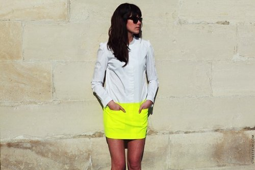 rock-life-morphine:  Thrown away seeing that skirt's colour…