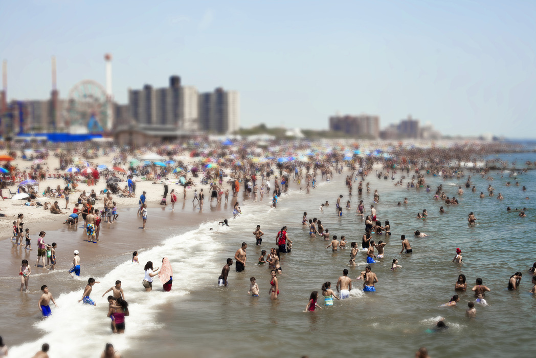 coney island tilt shift