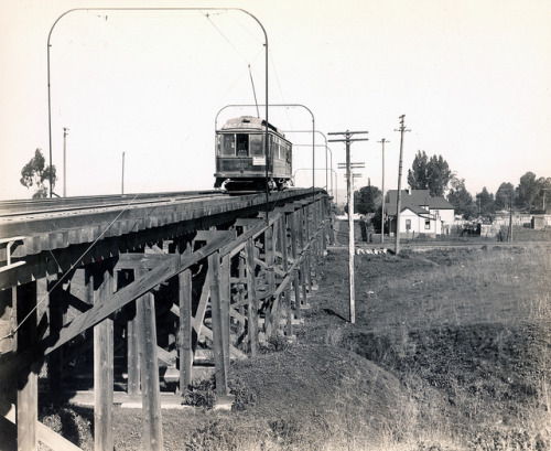 Daly St. Bridge - South Pasadena Line on Flickr. 1906 Pacific Electric passenger rail car no.212 passes over the Daly Street Bridge on the South Pasadena Line.
