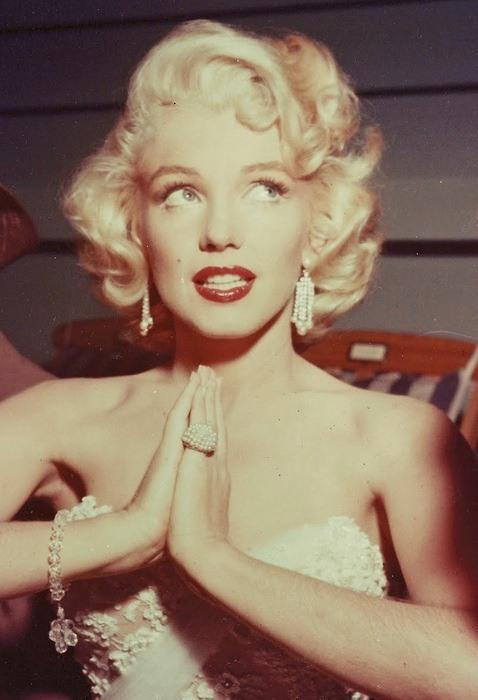 lulufrost:  Happy Birthday, Marilyn Monroe