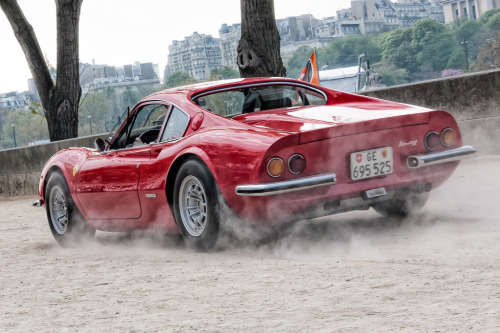 automotivated:  Dusty Dino (by haiwepa)