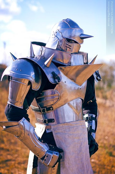 avatar-dealwithit:   Cosplay: Alphonse ElricCosplayer: SveneldAnime/Manga: Full Metal Alchemist Brotherhood  ((I'm sorry, I know this is not LOK related BUT isn't it amazing? LOOK AT IT!))