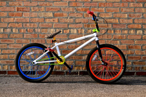 purplehummingbird:  MirraCo x Dee & Rickey BMX Bike