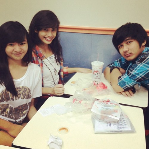 With my babies ♥ @InigooVilla @justiineramos (Taken with instagram)