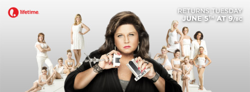 heartdancemoms:  danceemomss:  I don't think abby could be more photoshopped…  Glitz Abby    new poster!