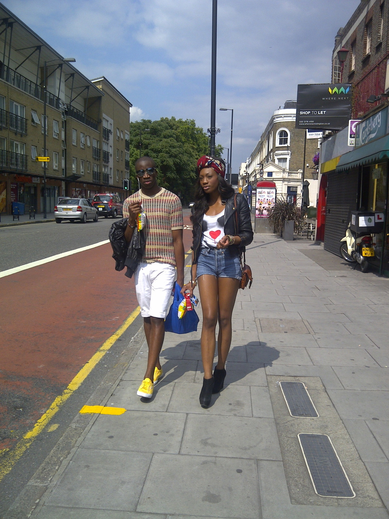 blackfashion:  EstAre. London. http://estarelive.blogspot.com