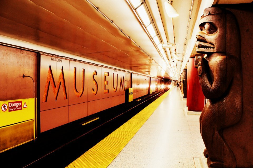 Location: Downtown Toronto, Museum Subway StationTaken by: So-moi photography ©