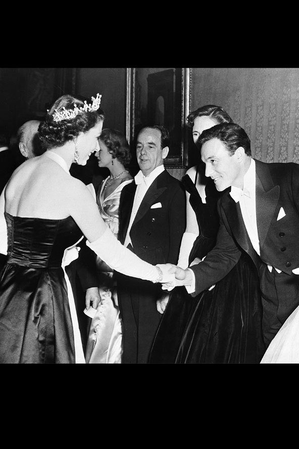 wheneverthemoodstrikes:  nonameslob-:  Gene Kelly meets Queen Elizabeth II