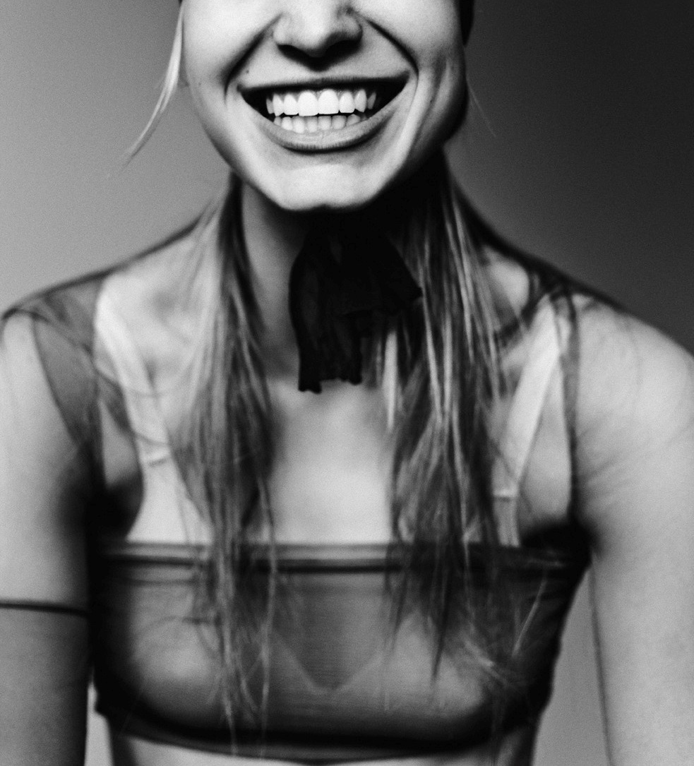 Pearly Whites  Nicola Hoffmans shot by Billy The Kidd.