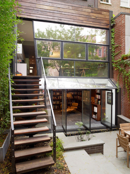 Modern Townhouse in Chelsea, NY THIS HOUSE IS COMPLETELY BALLER. I mean seriously, the backyard should be an indication of the awesomeness. Seriously, click that lovely link to check out all the photos, but this seriously makes me want to live in the city forever as long as I can get a place like this. Heaven?