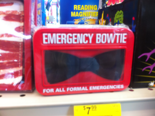 doctorwho:  A near infinite amount everydayimwhovian:  Emergency Bowtie… I wonder how many the doctor has