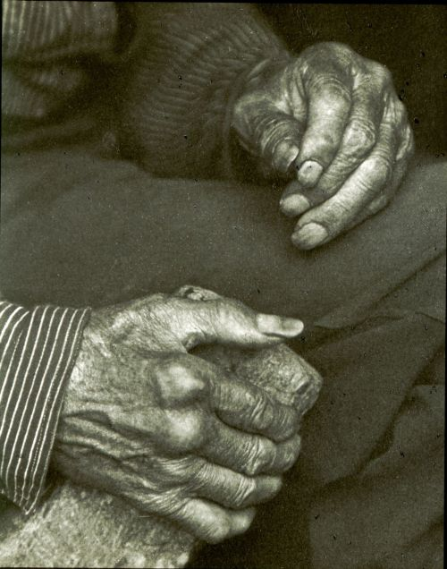 Doris Ulmann, Laborer's hands, ca. 1925. Source: Library of Congress Prints and Photographs Division