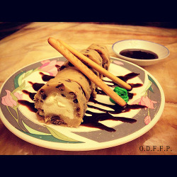 Cookie Dough Sushi Roll (Vanilla Ice Cream wrapped in cookie dough) made by my girl & I.