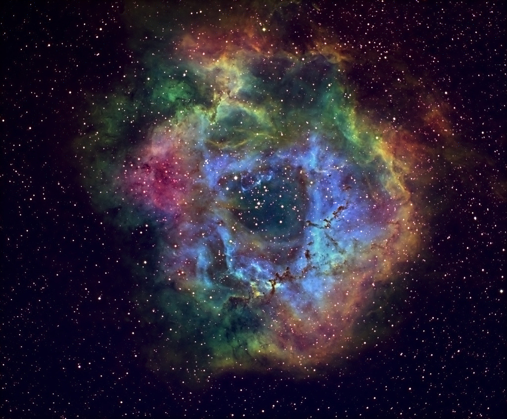 Rose nebula (by hhobbang1)