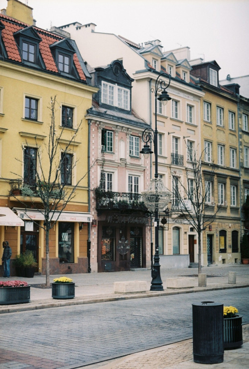 mocking-jaay:  Warsaw (by remaininglight)