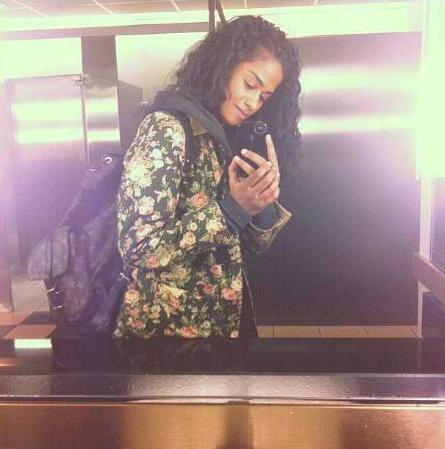 Ahhh her backpack and style just in general    Instagram @vashtie