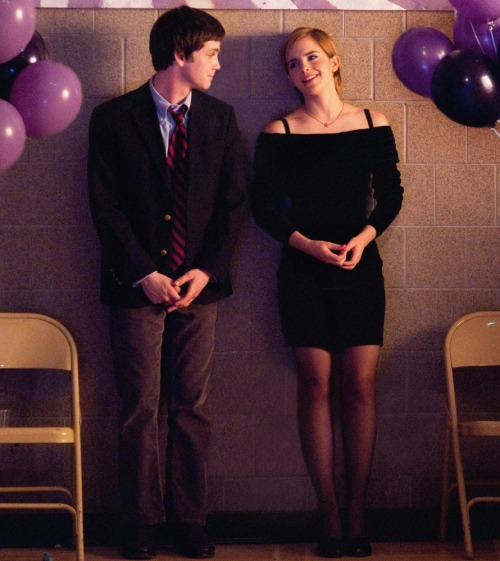 suicideblonde:  The Perks of Being a Wallflower starring Logan Lerman and Emma Watson  I would so stare at Emma Watson like that, too. So very pretty.