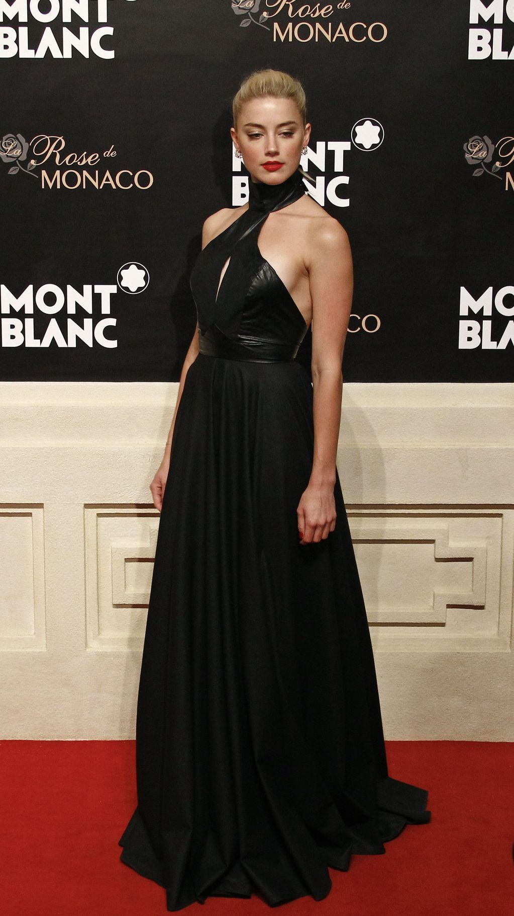 Amber Heard at the opening of Mont Blanc's Concept Store in Beijing, June 1st SO FIERCE