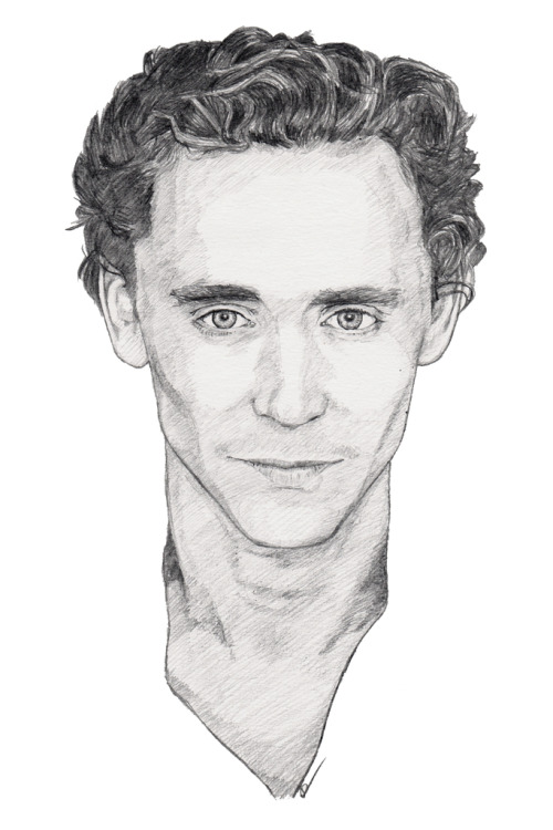 Tom Hiddleston (AKA Loki from The Avengers & Thor). Pencil sketch. Prints:http://dpart.smugmug.com/buy/23178382_7KPf8K/1881116861_KkB8Sjh/