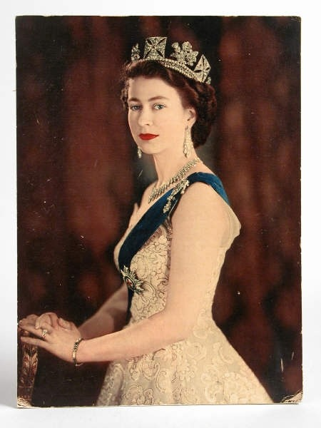 sisterwolf:  Photographic print of the Queen treated to look like an oil painting, 1953, at Calke Abbey, Derbyshire. Inv. no. 290938. ©National Trust Collections