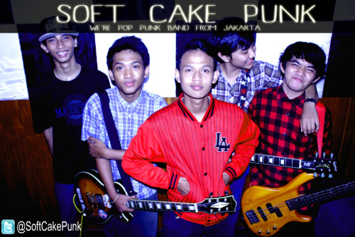 we are @SoftCakePunk , pop punk band from jakarta member are @audiraa @uuzpazti @alvianSC @ImamTEM @FajarUcha