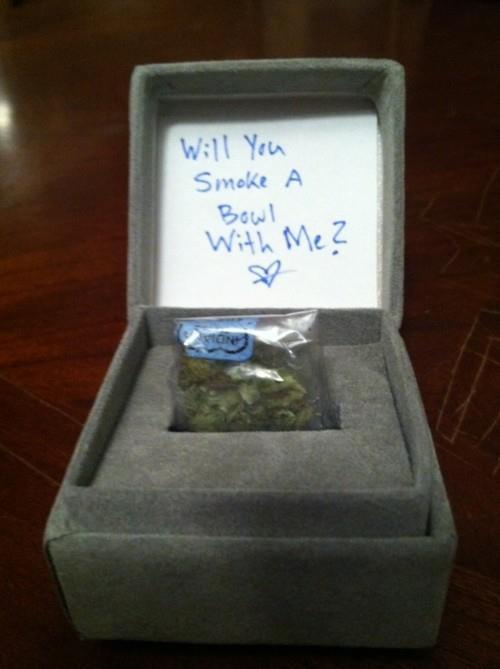jointstoners:  So romantic..